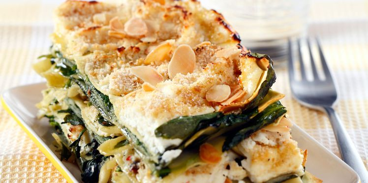 Lasagnes de courgettes au jambon, amandes et persil