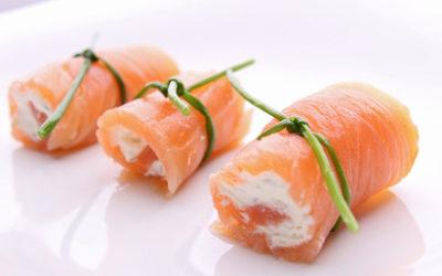 Ballotins de saumon fumé, fromage frais et crevettes